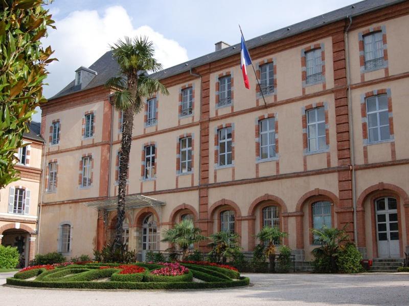 Tarbes Tourisme - Office de Tourisme - Hautes-Pyrénées - Maison Natale du Maréchal Foch